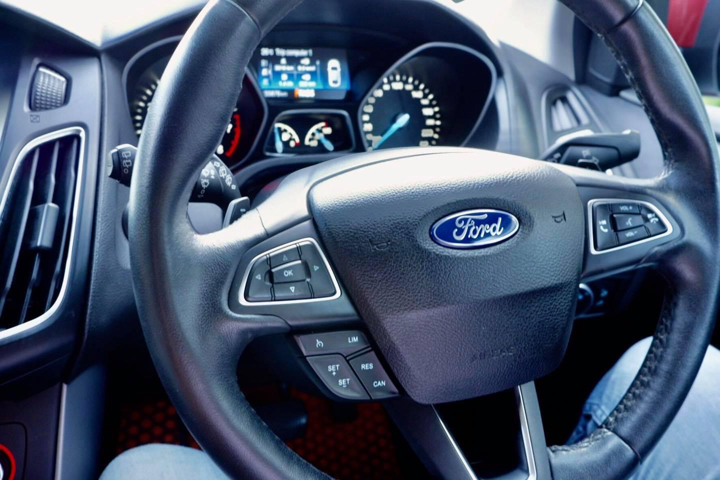 Ford Focus ecoboost 1.5 sport ปี16