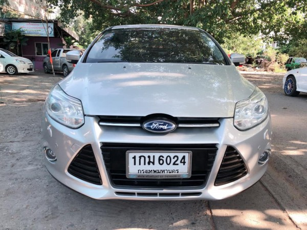 Ford Focus ปี 2012 สีเงิน