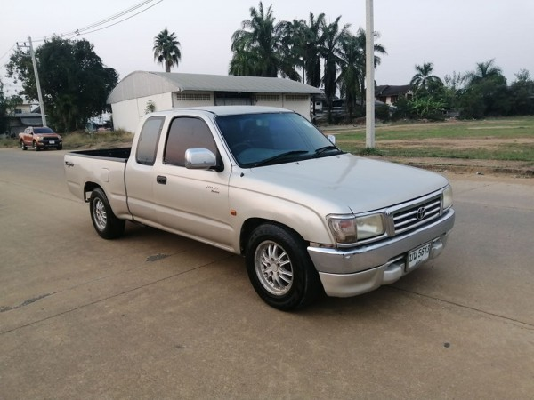 Toyota Hilux Tiger Extra cab ปี 2001 สีเงิน