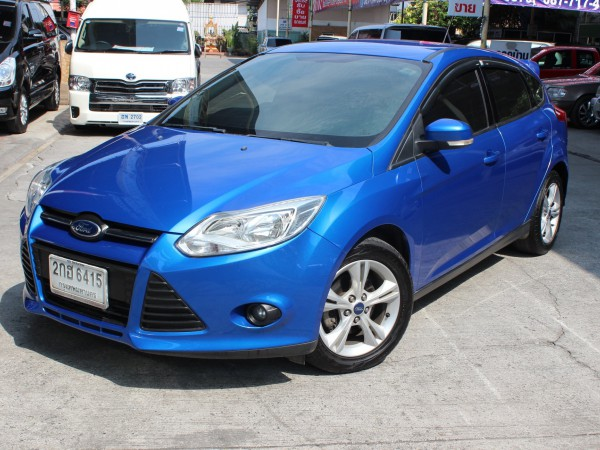 Ford Focus ปี 2013 สีน้ำเงิน