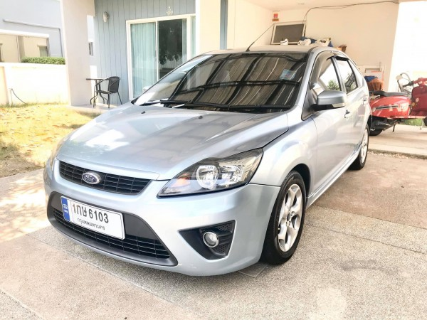 Ford Focus ปี 2010 สีเงิน