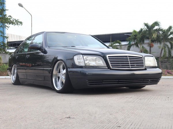 Mercedes-Benz S-Class W140 S280 ปี 1996 สีเทา