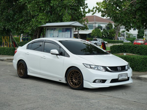 Honda Civic FB 1.8E Auto Minor Change ปี2013