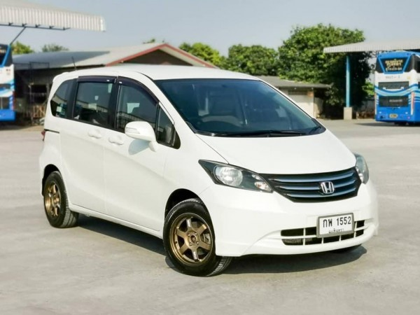 2012​ HONDA FREED, 1.5 E