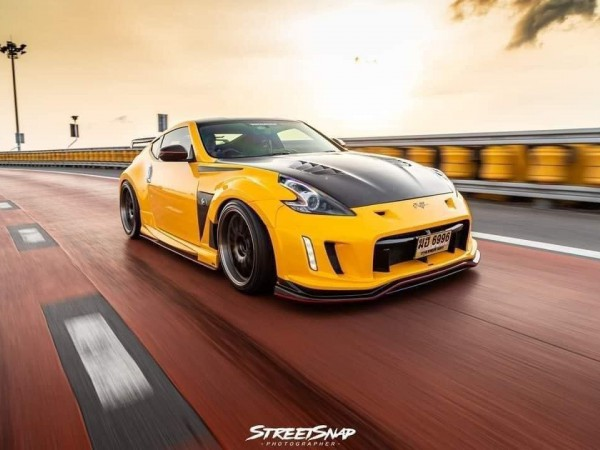 Nissan 370Z Varis Arising-II