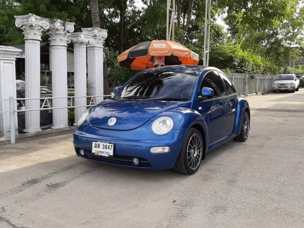 Volkswagen New Beetle Coupe ปี 2011 สีน้ำเงิน